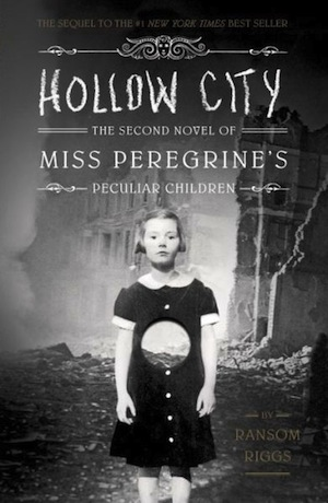 """Book Review: """"Hollow City"""" by RansomRiggs"""