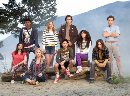 rs_1024x759-160607100543-1024-dead-of-summer-cast-freeform